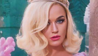 Katy Perry revela que pensou em suicídio durante colapso na carreira junto ao fim de relacionamento