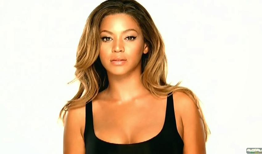 """Há 13 anos, Beyoncé lançava """"Listen"""", uma das faixas que marcou sua carreira; relembre"""