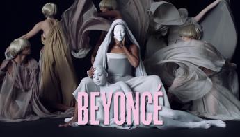 Há seis anos, Beyoncé transformava a indústria com o lançamento de seu álbum visual auto-intitulado; relembre