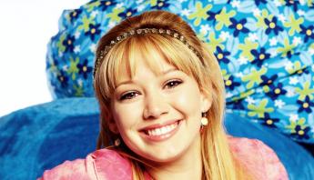 """Fonte divulga cachê de Hilary Duff por episódio no revival de """"Lizzie McGuire"""""""