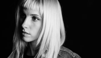 Hayley Williams anuncia primeiro single solo para esse mês; confira a data
