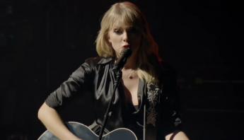 "Taylor Swift divulga registro ao vivo de ""The Man"", gravado em Paris"