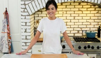 Programa de culinária de Selena Gomez foi renovado para uma segunda temporada