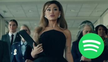 """Em seu primeiro dia, """"positions"""" faz excelente estreia no Spotify e garante novo recorde a Ariana Grande"""