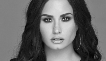 "Insider revela que Demi Lovato lançará nova versão do ""Tell Me You Love Me"""