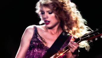"""VEM AÍ! Últimas pistas apontam que regravação do """"Speak Now"""", de Taylor Swift, pode estar muito próxima"""