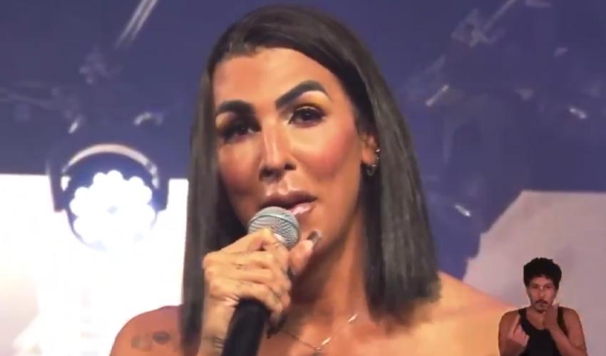 """Após comentários de Patrícia Abravanel, Pepita faz discurso: """"O dia que eu precisar de opinião, não vai ser a sua"""""""
