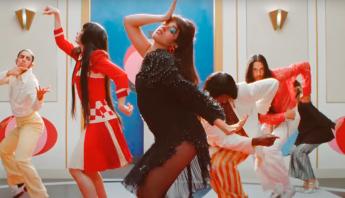 """Após estreia de """"Don't Go Yet"""", Camila Cabello anuncia terceiro álbum de estúdio, """"FAMILIA"""""""