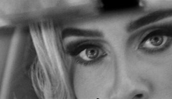 """O MUNDO VAI ACABAR! Adele anuncia seu retorno ao mundo da música; ouça prévia de """"Easy On Me"""""""
